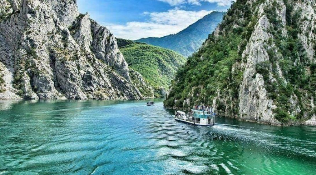 Tour-to-Komani-Lake-Albania