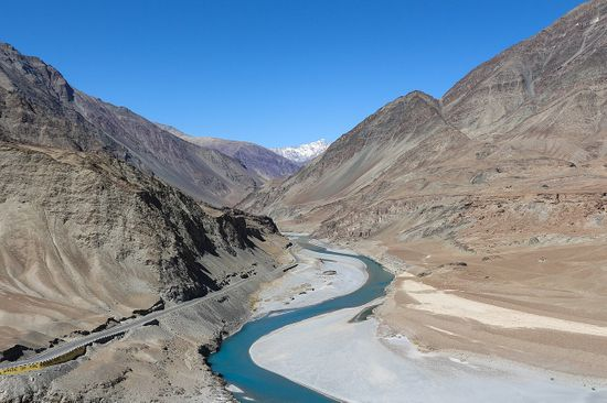 Zanskar_River_in_Ladakh
